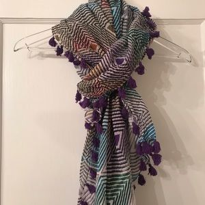 Scarf With Tassels In Diamond Multi Color